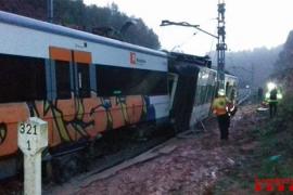 Un muerto, 49 heridos y 86 ilesos al descarrilar un tren en Barcelona