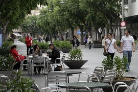 Cort limita el número de bares o restaurantes en calles peatonales y ejes cívicos