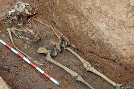 Aparecen los primeros dos cuerpos de represaliados en el Cementeri Vell