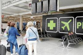 Las aerolíneas disparan los precios e invalidan el descuento de residente
