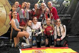 La Academia Davinia Van Praag regresa de Orlando bañada en oro y plata