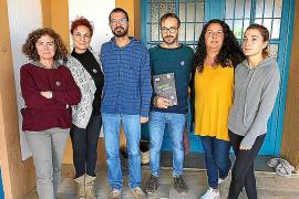 Los docentes de Formentera exigen personal en la delegación de Educación