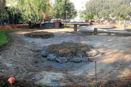 Vila inicia las obras para mejorar el estado ambiental del lago del Parque de la Paz