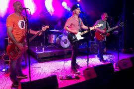 Model Rockets lleva su power pop rock'n'roll a Casa Planas