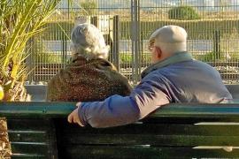 El 21 % de los mayores de 65 años de Baleares no llega a fin de mes y el 13 % sufre riesgo de exclusión