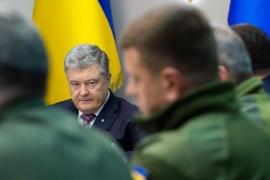 Poroshenko prohíbe entrar en Ucrania a ciudadanos rusos con edades de 16 a 60 años