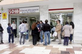 El paro interanual en Baleares baja un 6,42% en noviembre
