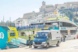 Las autoridades devuelven a Argelia a seis inmigrantes llegados a las Pitiusas en octubre