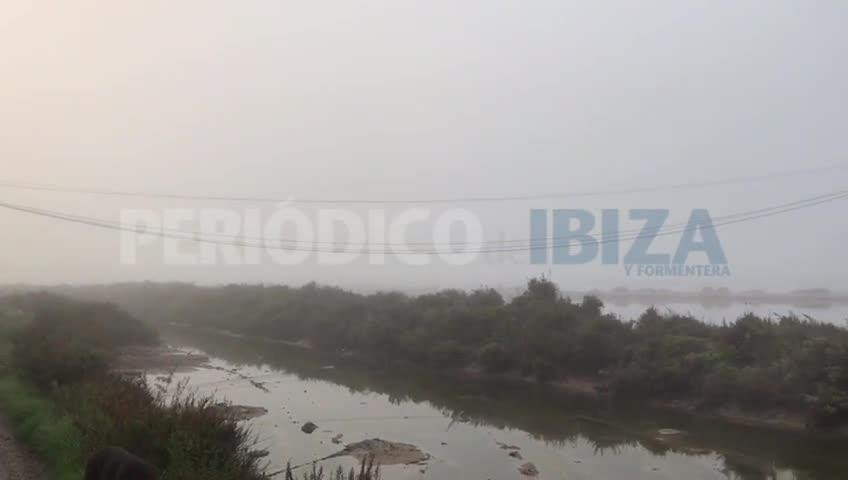 La niebla cancela seis vuelos y provoca retrasos en el aeropuerto de Ibiza