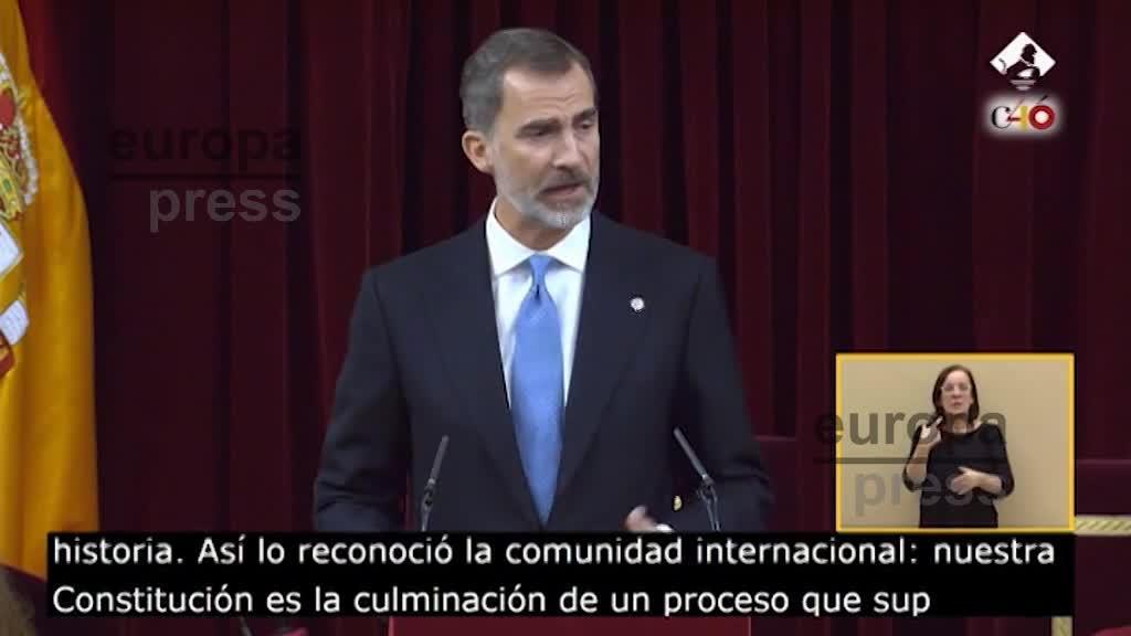 El Rey reivindica la plena vigencia de los valores constitucionales: reconciliación, entendimiento e integración