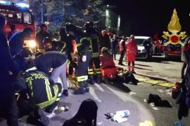 Seis muertos y más de 100 heridos por una estampida en la salida de un club nocturno en Italia
