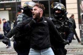 Al menos 354 detenidos antes del inicio de la nueva concentración de los 'chalecos amarillos' en París