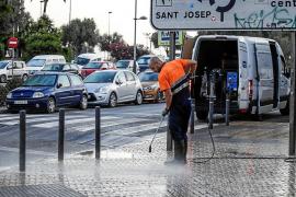 Vila evaluará los equipos de limpieza y recogida de residuos ante las quejas por ruidos