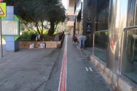 Comienzan los trabajos del primer camino escolar del proyecto 'A peu al cole' en Vila