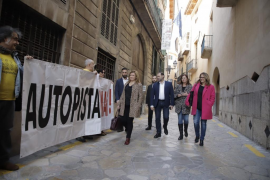 Ábalos participa en Palma en un acto público junto a Armengol
