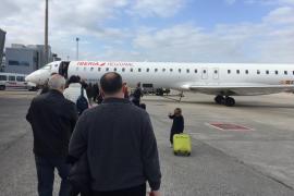 Multa de 448.000 euros a Iberia por aplicar la cláusula 'no show' que cancela vuelos de usuarios