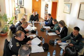 Santa Eulària reclama más guardias civiles y ofrece una línea de ayudas para el alquiler