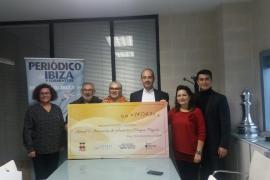 Apneef y Magna Pityusa recaudan 14.043 euros en su fiesta solidaria de Navidad celebrada en Pacha