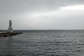 Alerta por viento huracanado y fuerte oleaje en las Pitiusas