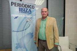 Jaime Díaz de Entresotos: «Habría que eliminar los ayuntamientos porque, con el tamaño que tiene Ibiza, con el Consell sería suficiente»