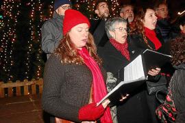 Villancicos a capela para animar la Navidad del Paseo Vara de Rey de Ibiza