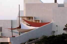 La propiedad de la casa Van der Driesche se querella contra Vicent Torres