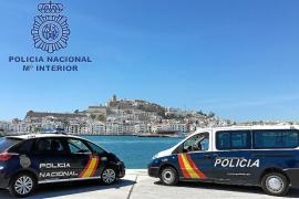 La Policía Nacional intensifica los controles en Ibiza «por un comercio más seguro»
