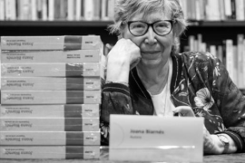 Muere Joana Biarnés, la fotoperiodista que inmortalizó a los grandes personajes del siglo XX