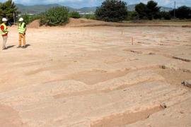 Arqueólogos critican la decisión del Consell en el yacimiento de Ca na Negreta