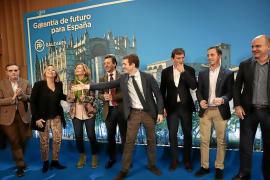 """Casado dice que el Consell d'Eivissa necesita a Vicent Marí para frenar la """"turismofobia"""""""