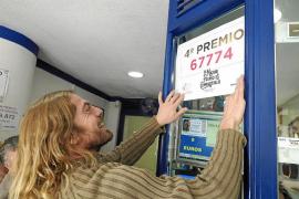 La Lotería de Navidad reparte suerte en Ibiza con un cuarto y dos quintos premios
