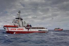Salvamento Marítimo autoriza al Open Arms, con 307 personas a bordo, a que se dirija a aguas españolas