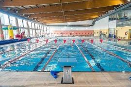 Casi 5.000 millones de litros de agua se evaporan al año de las piscinas de Balears