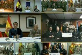 Sánchez felicita a las tropas en el exterior su trabajo por la paz
