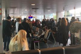 La niebla obliga a desviar al aeropuerto de Palma un vuelo con destino a Ibiza