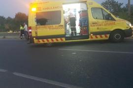 Muere un motorista de 24 años tras chocar contra un coche en Ibiza