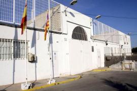 Malestar entre los presos de la cárcel de Ibiza por la falta de personal en el centro