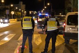 Detenido un conductor bebido y drogado que huyó tras atropellar a un motorista en Ibiza