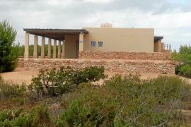 El Consell de Formentera deberá revisar la licencia otorgada al dueño de Ferrovial en Punta Gavina