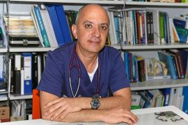 Fernando Ribas: «Una vez atendí a unos ualabís cerca de sa Cala; aquello era un desastre»