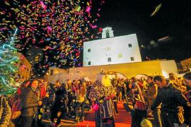Los Reyes Magos tiran de magia para visitar todo el municipio de Sant Josep