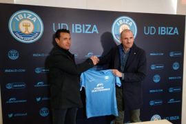 La UD Ibiza presenta a Soriano