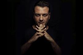 DJ Kiko Navarro pone música a la noche de Garito Café
