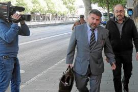 Pablo Escribá en su comparecencia en el juzgado