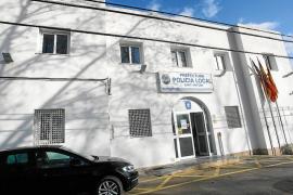 Policías locales de Sant Antoni se sienten «desnudos» por la falta de uniformes de invierno