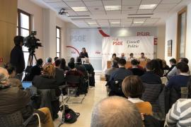 Armengol llama al PSIB-PSOE a ganar las elecciones ante la «radicalidad»