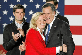 Santorum golpea a Romney