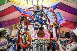 Decoración hindú para celebrar una de las fiestas Flower Power más esperadas del año