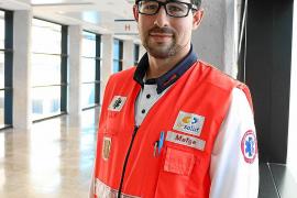 Adolfo Ramírez Soriano: «Empatizo demasiado con el paciente porque es un equilibrio que hace falta»