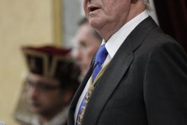 El Rey cumple 74 años en una jornada de trabajo en la Zarzuela